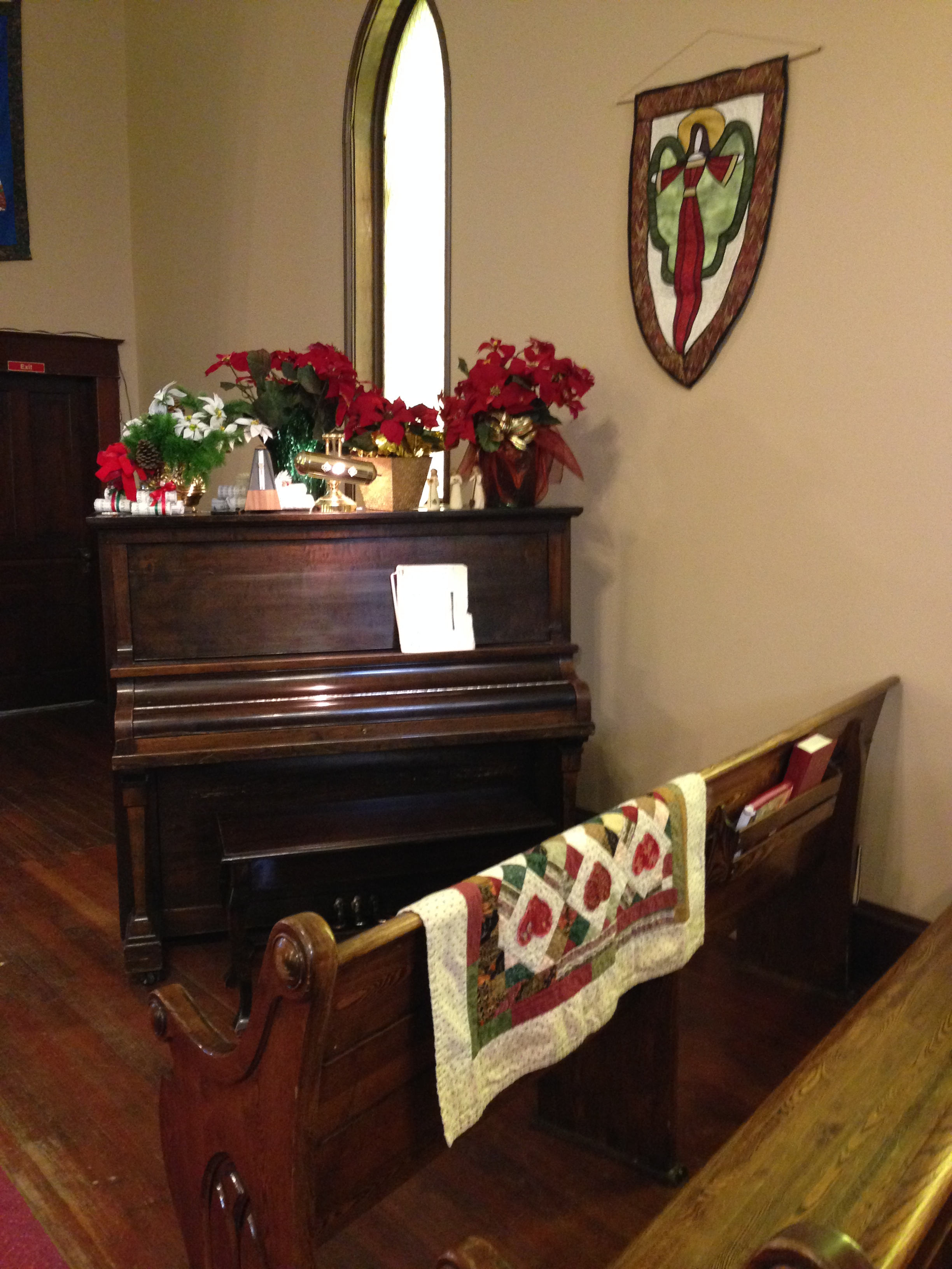 Piano - Christmas decor
